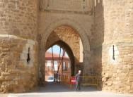 Villalpando reclamará a la empresa de la hormigonera los daños causados a la Puerta Villa