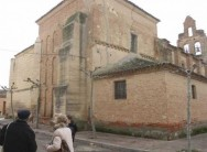 Amigos del Patrimonio recauda fondos para frenar el derrumbe del tejado de San Pedro El colectivo abre una cuenta